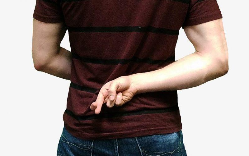 Как распознать ложь собеседника, 4 базовых признака.